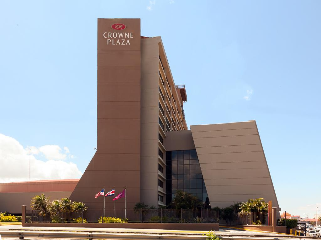crowne-plaza-san-jose-3863910519-2×1